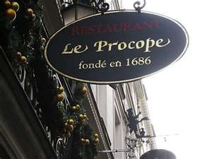Le Procope, le plus vieux café de Paris, près de l'ancienne Comédie