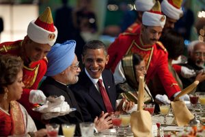640px-Obama_and_Manmohan_Singh_at_state_dinner
